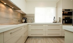 Drawers have fast become a great space utilising component in todays kitchens.